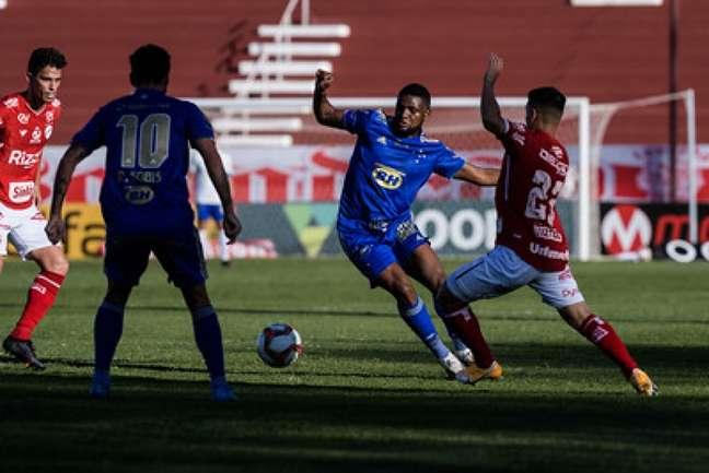 A Raposa vem de um frustrante empate com o Vila Nova-GO e tenta iniciar uma reação na Série B-(Gustavo Aleixo/Cruzeiro)