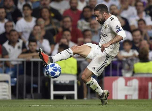 Carvajal ampliou contrato com o Real Madrid por mais quatro temporadas (Foto: Oscar del Pozo / AFP)