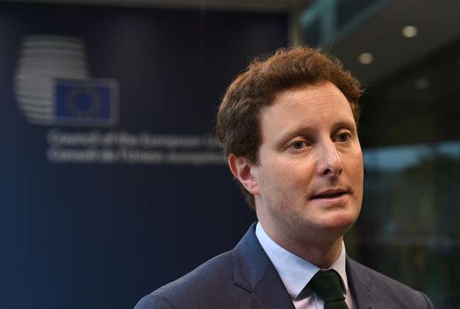 Ministro para Assuntos Europeus da França, Clément Beaune, em Luxemburgo 22/06/2021 John Thys/Pool via REUTERS