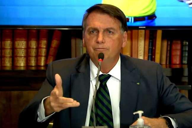 O presidente Jair Bolsonaro em live.