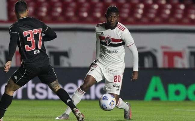 Orejuela jogou bem contra o Vasco (Foto: Rubens Chiri / saopaulofc.net)