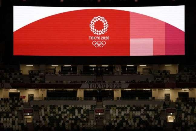 Equipe de atletismo da Austrália cumpre quarentena obrigatória em Tóquio (ODD ANDERSEN/AFP)
