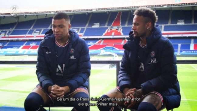Mbappé e Neymar dividem holofotes no PSG (Foto: PSG / Dugout)