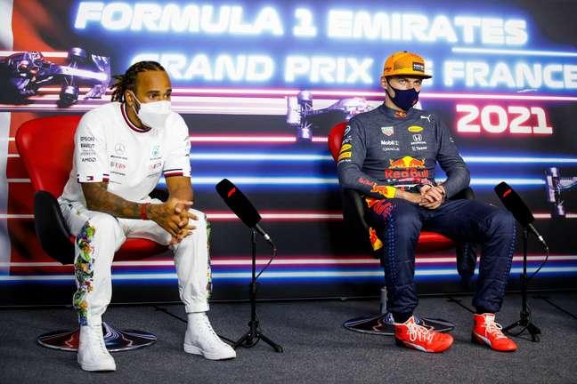 Hamilton está animado com a briga pelo título