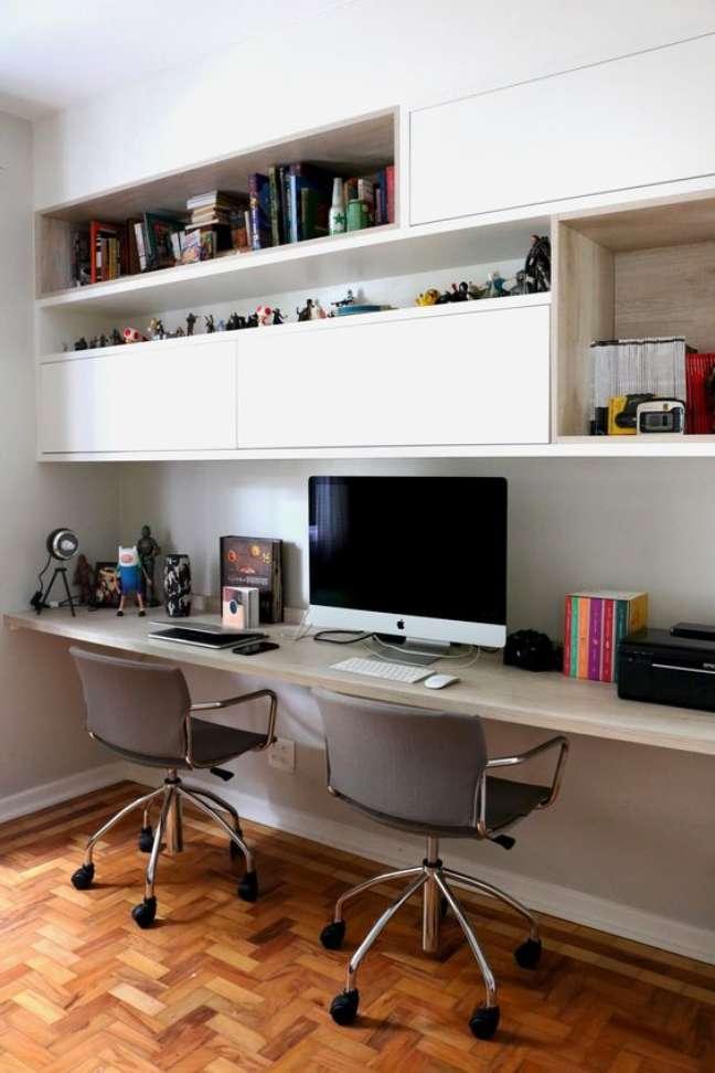 9. Armário de escritório suspenso para home office – Foto Descomum