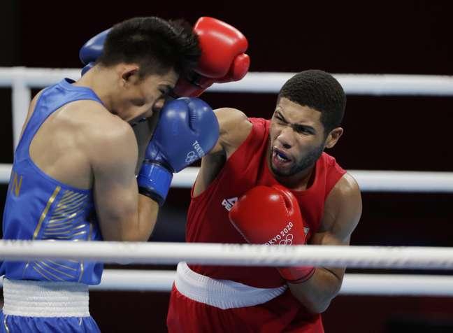 Hebert Conceição superou Tuoheta Erbieke, da China nesta quinta-feira Ueslei Marcelino/Reuters