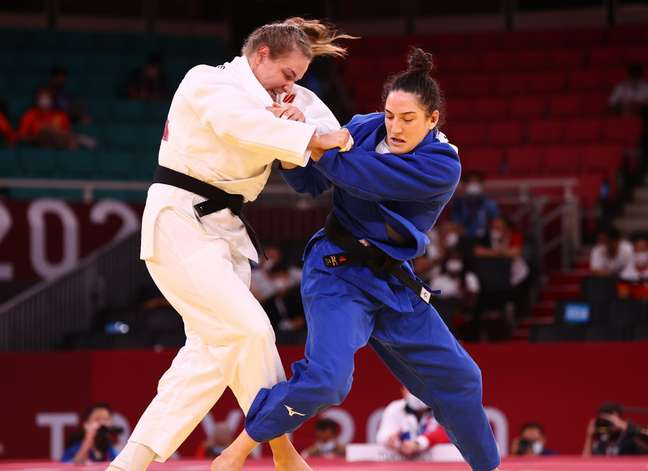 Mayra Aguiar derrotou Aleksandra Babintseva, da Rússia, na repescagem nesta quinta-feira Sergio Perez/Reuters