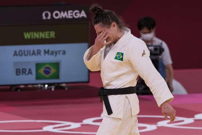 Mayra fica emocionada com o bronze conquistado em Tóquio Júlio César Guimarães/COB