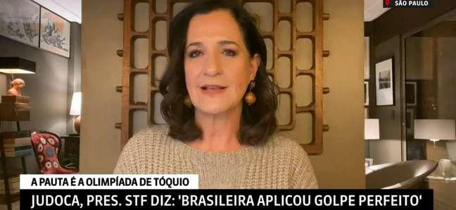 Mônica Waldvogel mostra a importância de cultivar bons contatos ao jornalista que precisa dar 'furos' na TV