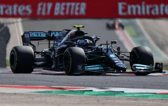 Valtteri Bottas foi o mais rápido no segundo treino livre do GP da Hungria