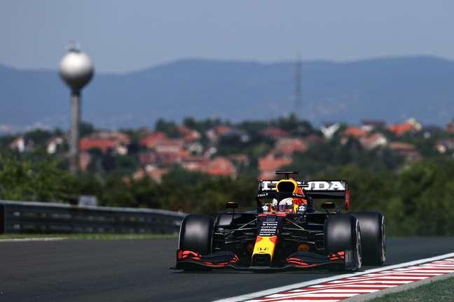Max Verstappen comandou a tabela de tempos do GP da Hungria de F1