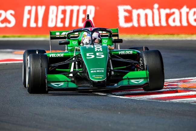 Jamie Chadwick conquistou a pole-position na Hungria pela W Series