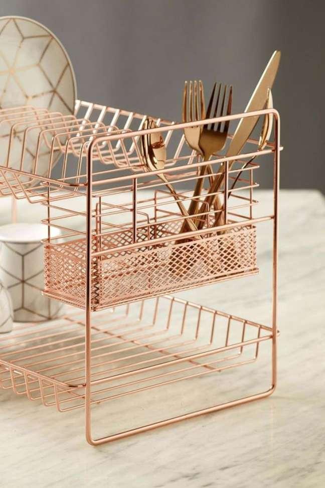 8. Lista de utensílios de cozinha na cor rose gold – Foto Etsy