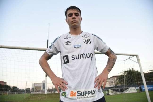Zanocelo ainda aguarda a primeira chance na equipe titular do Peixe (Foto: Divulgação/Santos)