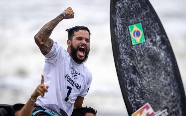 Italo Ferreira foi medalhista de ouro na primeira edição do surfe nos Jogos Olímpicos (Jonne Roriz/COB)