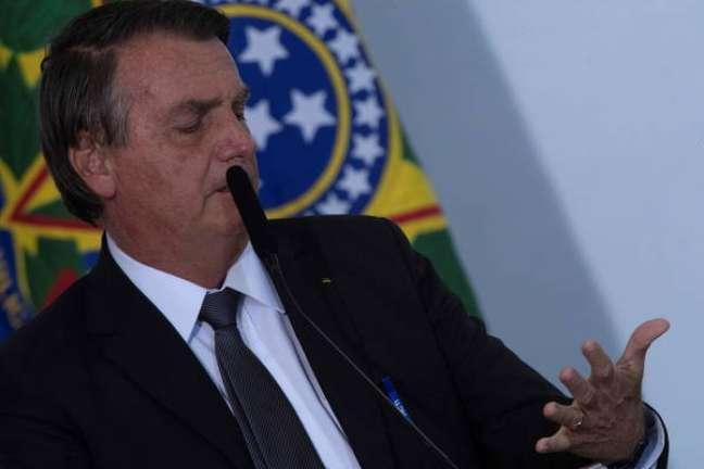 Bolsonaro voltou a mentir em live sobre fraude eleitoral