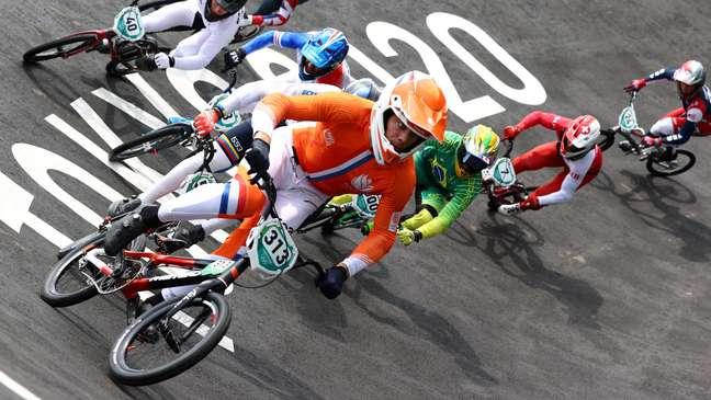 Renato Rezende termina em 7º nas semifinais do ciclismo BMX