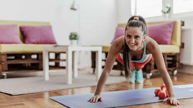 5 equipamentos fundamentais para o seu treino em casa