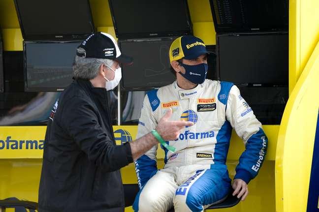 Daniel Serra ainda é líder da Stock Car, mas diferença para Gabriel Casagrande caiu para dois pontos