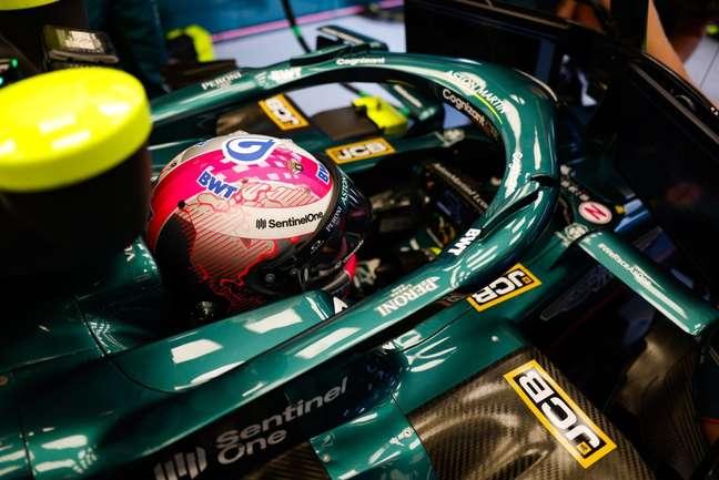 Vettel diz que ignora as reclamações em redes sociais