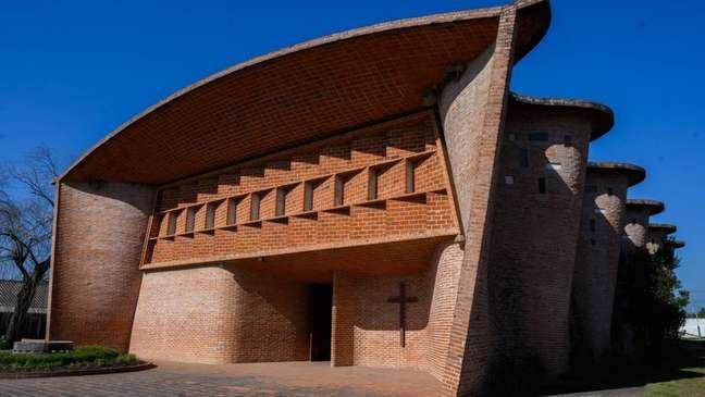Igreja de Cristo Obrero e Nossa Senhora de Lourdes, em Atlántida, Uruguai