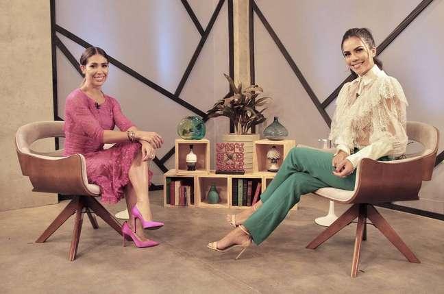 A influenciadora digital fitness Bella Falconi e a apresentadora Daniela Albuquerque