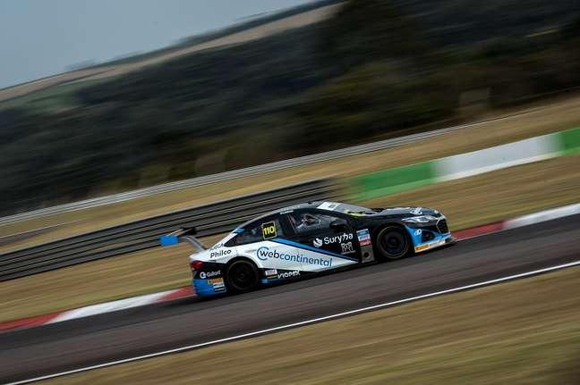 Felipe Lappena surpreendeu e liderou com a Hot Car o TL1 da Stock Car em Curitiba