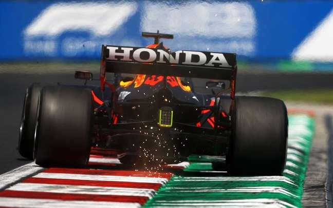 Max Verstappen admitiu que a Red Bull ficou atrás da Mercedes em Hungaroring