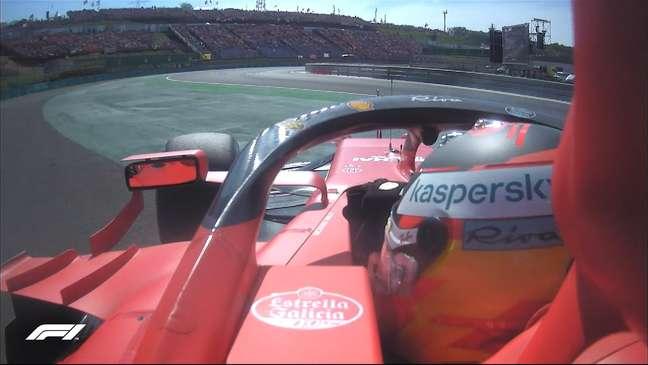 Carlos Sainz bateu no Q2 e vai largar apenas em 15º