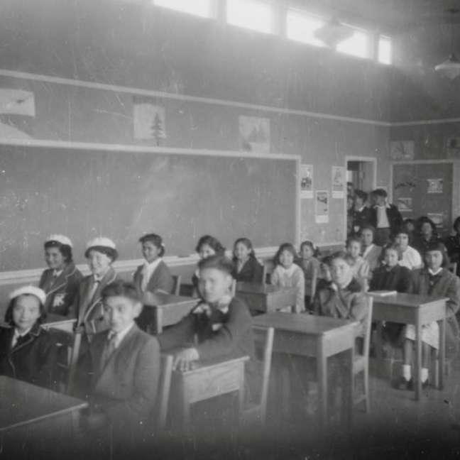"""""""Muitos não voltaram para suas casas"""", disse Joan Brown, chefe da comunidade Penelakut, de onde muitas crianças foram levadas para a Ilha Kuper."""