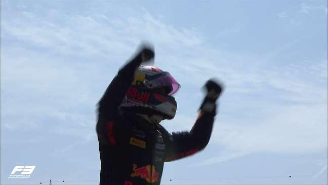 Dennis Hauger venceu a corrida principal da F3 na Hungria