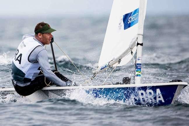 Robert Scheidt ficou na 9ª posição na regata das medalhas e em 8º lugar no geral (Foto: World Sailing)
