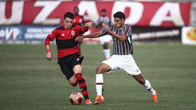 Flamengo venceu o Fluminense na disputa de pênaltis na Gávea (Foto: Lucas Merçon/Fluminense FC)