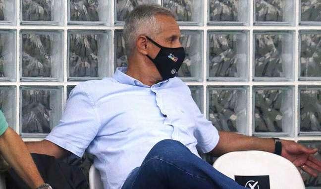 VP do Botafogo afirmou que a vitória foi mais um passo dado em direção ao acesso (Vitor Silva/Botafogo)