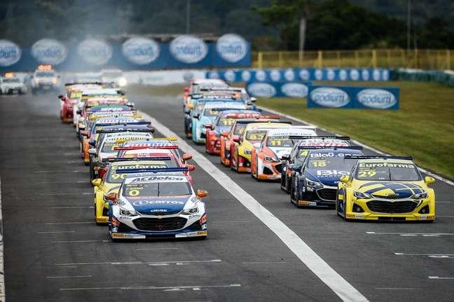O grid da Stock Car em Goiânia