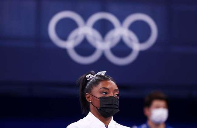 Simone Biles segue fora dos Jogos Olímpicos de Tóquio  27/7/2021   REUTERS/Mike Blake
