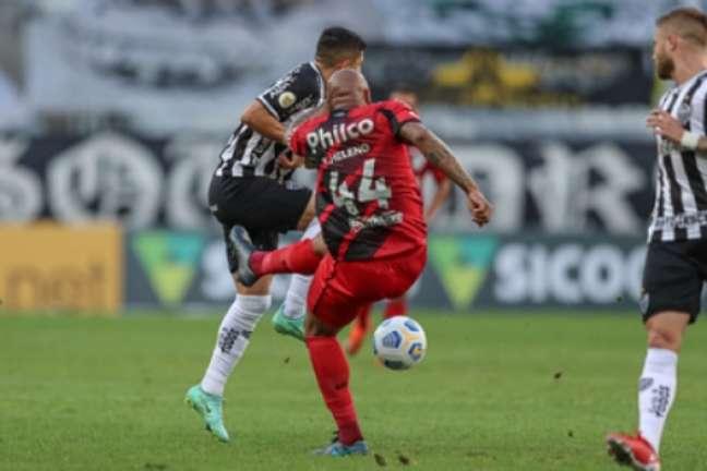 O alvinegro chegou à sua sétima vitória seguida no Brasileirão ao bater o time paranaense-(Pedro Souza/Atlético-MG)