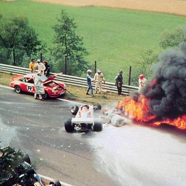 Há exatos 45 anos, um acidente mudou a trajetória de Niki Lauda