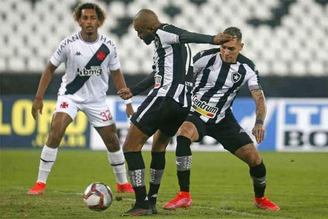 'Espero ajudar ao máximo o Botafogo', diz Chay, autor do primeiro gol do Botafogo (Foto: Vítor Silva / BFR)