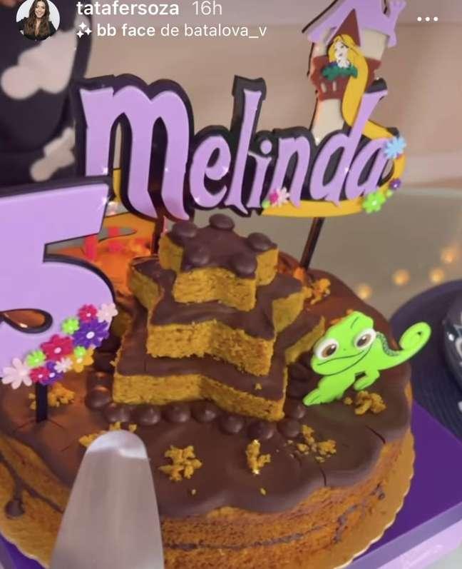 Bolo pedido por Melinda para comemorar o aniversário de 5 anos