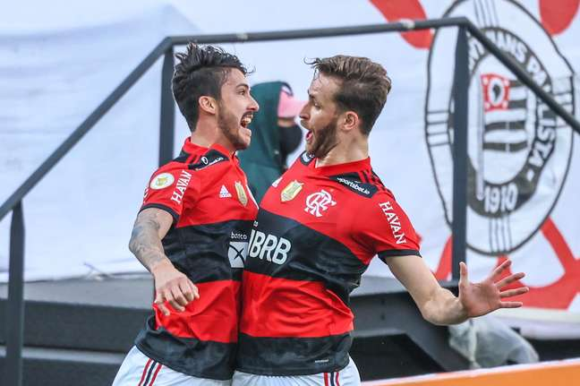 Flamengo venceu o Corinthians por 3 a 1 na Arena Neo Química neste domingo, 2