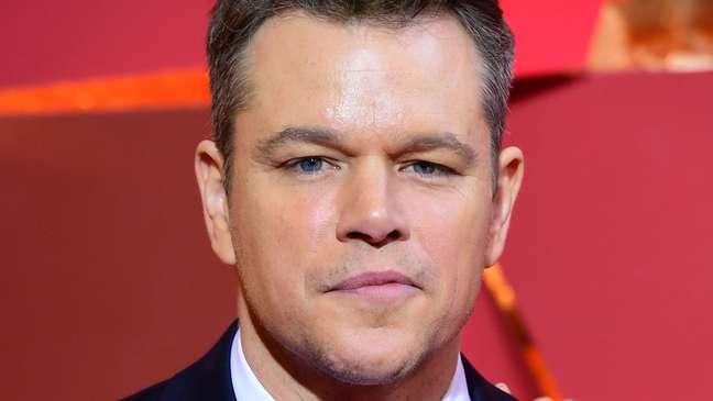 Matt Damon jurou nunca mais usar palavra depois que sua filha lhe explicou por que era inaceitável, mas sofreu críticas nas redes sociais