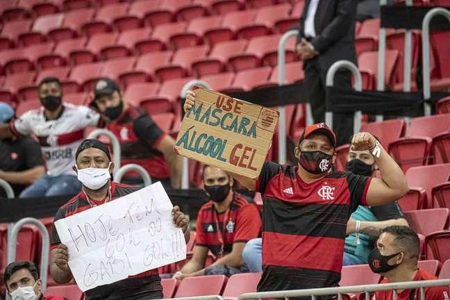 Torcedores do Flamengo no Mané Garrincha (Foto: Alexandre Vidal/Flamengo)