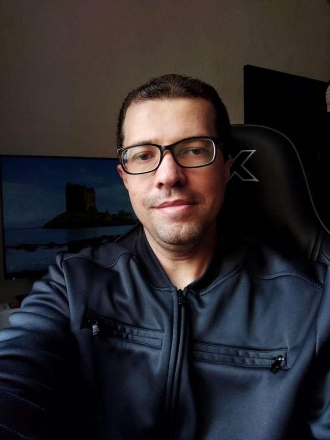 Selfie com o TCL 20 SE
