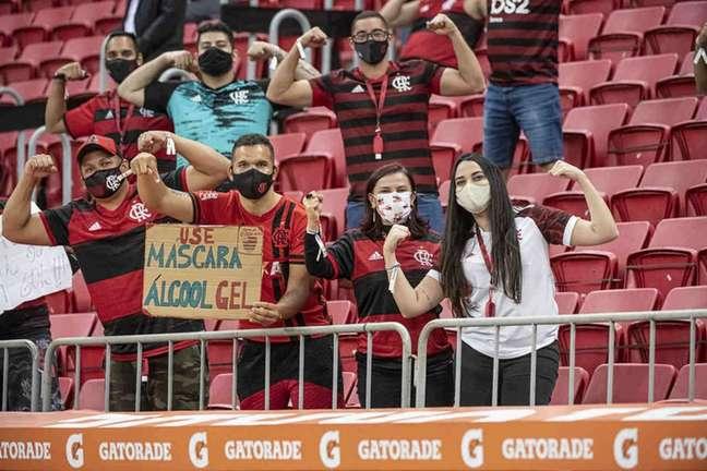 Torcida do Flamengo no Estádio Mané Garrincha, em Brasília (Foto: Alexandre Vidal/Flamengo)