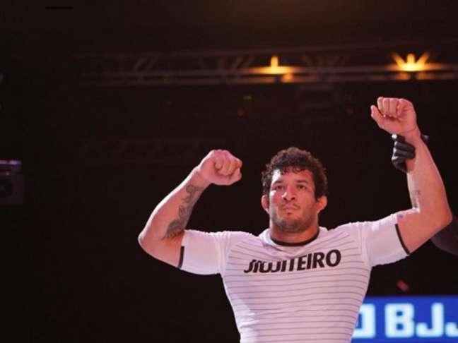 Lucas Hulk finalizou Leandro Lo e conquistou o GP No-Gi do BJJBET (Foto: Dai Bueno/TATAME)