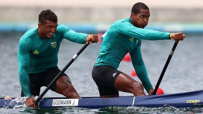 Isaquias Queiroz e Jacky Godmann não tiveram o sucesso esperado na final do C2 1000m