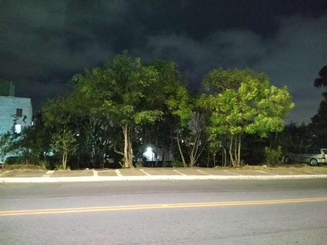 Câmera principal, cena noturna
