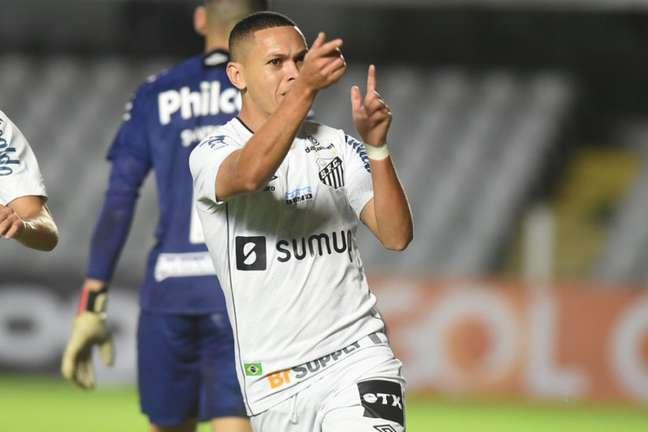 Marcos Guilherme teve atuações discretas nos últimos jogos do Peixe (Foto: Ivan Storti/Santos FC)