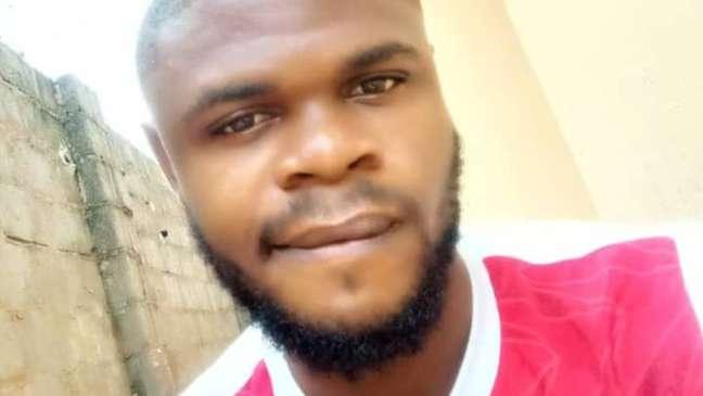Enya Egbe (na foto) ainda está lidando com a perda do seu amigo após encontrar o corpo dele na aula de anatomia